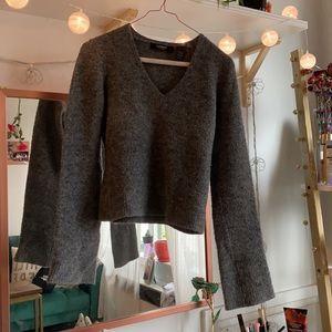 EXPRESS V neck sweater